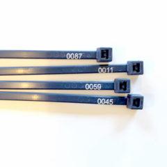 Serienummererte kabelstrips